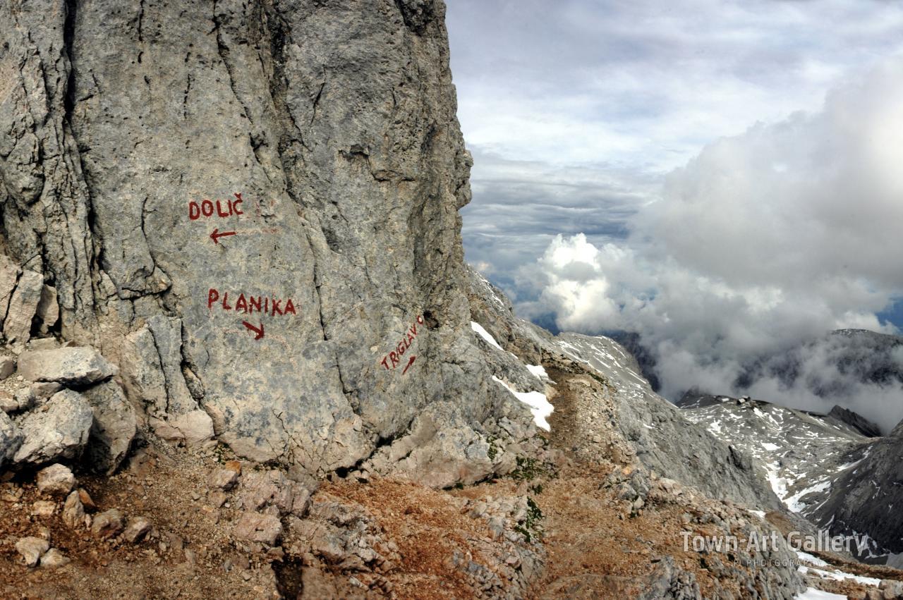 Julian Alps crossroads